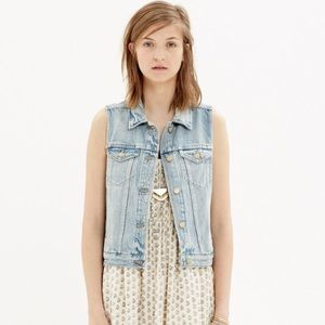 Madewell Denim Vest in Clear Blue